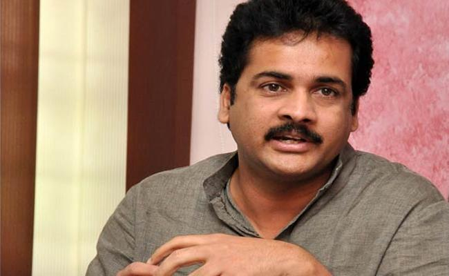 Actor sivaji stopped at Dubai Airport from travelling abroad - Sakshi