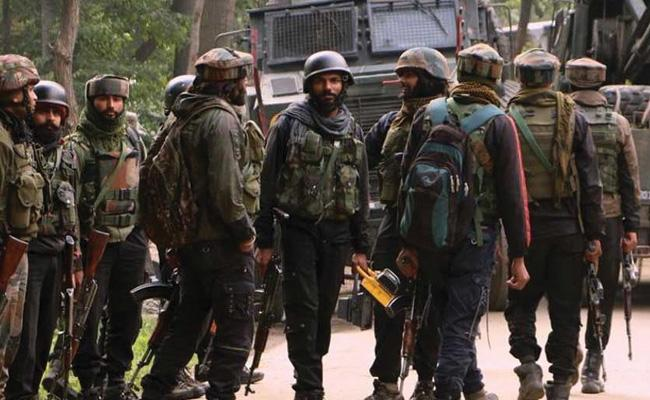 Centre To Deploy Additional 10,000 Troops In Kashmir - Sakshi
