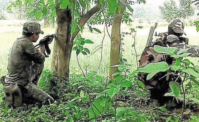 Security Personnels Attacks On Maoists At Dantewada Source - Sakshi