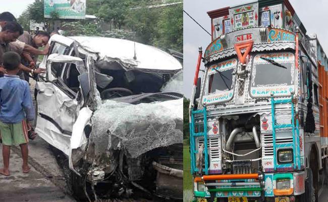 Unnao Survivor Injured In Crash With Truck - Sakshi