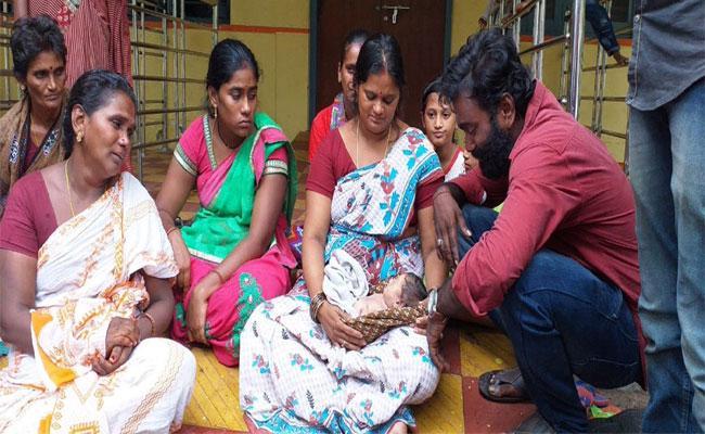 Born Baby Died For Hospital Negligence In Krishna - Sakshi