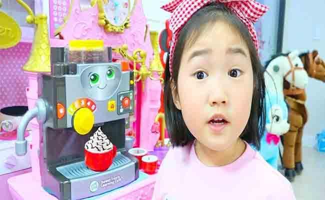 South Korea 6 Year Old YouTube Star Buys Five Storey Property - Sakshi