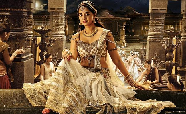 Anushka plays Rani Laxmi Bai in Sye Raa Narasimha Reddy - Sakshi