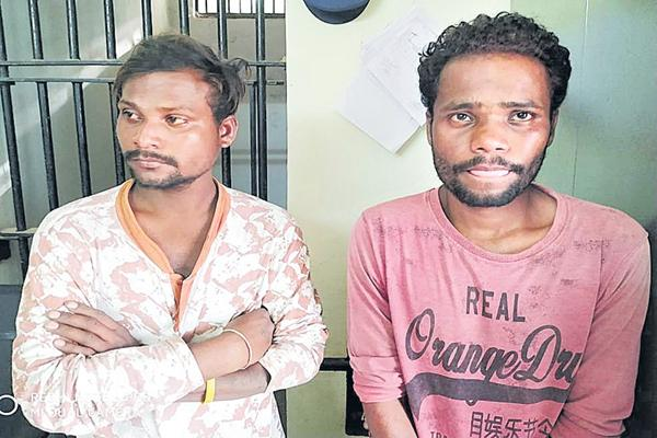 An attempt to kidnap the girls in Siddipet district - Sakshi