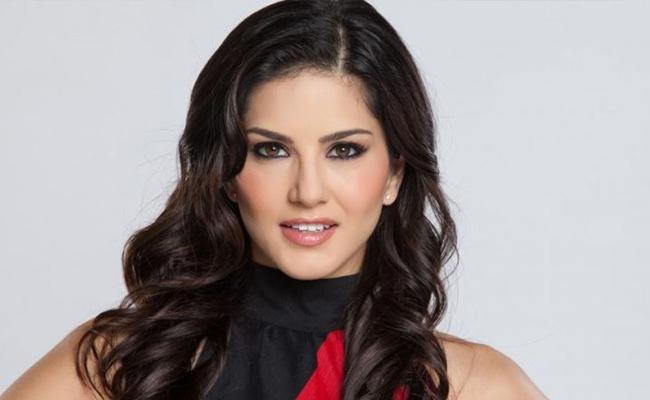 People Are Calling Puneet They Think That Number Is Sunny Leone - Sakshi
