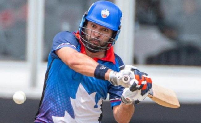 Yuvraj Singh shines with bat again for Toronto Nationals - Sakshi