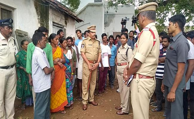 Ground Man Murdered In Vizianagaram - Sakshi