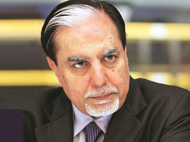 Invesco Oppenheimer buys 11 Percent of Essel group's stak - Sakshi