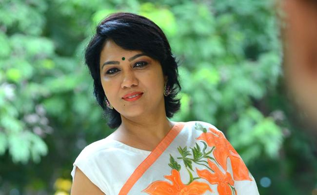 Hema Comments On Bigboss Show - Sakshi