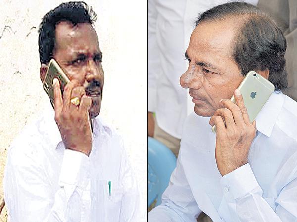 CM KCR Phone Call To the Chintamadaka Sarpanch  - Sakshi
