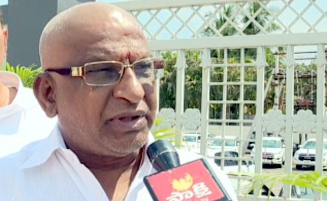 TTD Chairman YV Subba Reddy Comments Over Temple Construction - Sakshi
