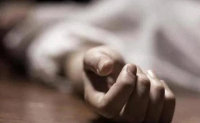 Ghaziabad Man Kills Wife over Suspicion of Having Affair - Sakshi