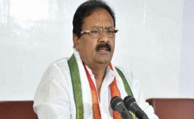 Shabbir Ali Says,Central Budget Is Not UP To The Mark - Sakshi
