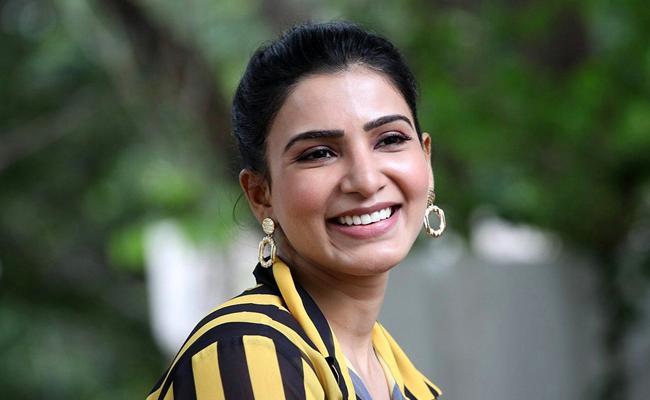Samantha gets huge cut-out erected for Oh Baby - Sakshi