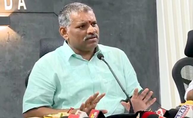 Chevireddy Bhaskar Reddy Attend Meeting In Tirupati - Sakshi