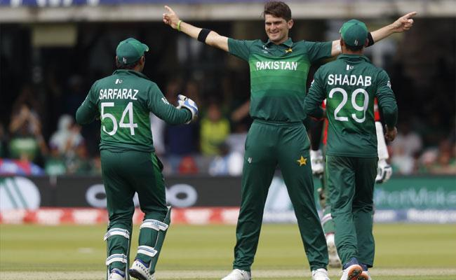World Cup 2019 Pakistan Beat Bangladesh By 94 Runs - Sakshi