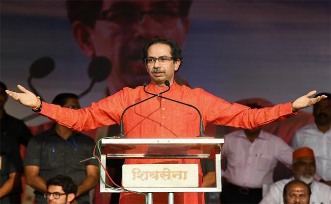 Uddhav Thackeray Takes A Dig At Rahul Gandhi Without Mentioning  Name  - Sakshi