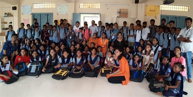 NGO Distributes Educational Kits In Nagaram School - Sakshi