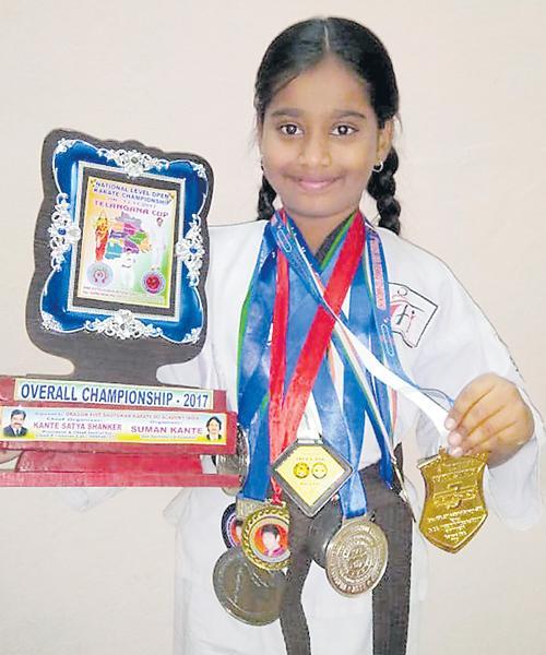 Telangana Karate Player Salomi to International Competitions - Sakshi