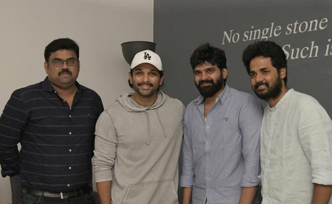 Allu Arjun Praised Brochevarevarura Movie - Sakshi