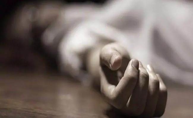 Suicide Attempt In Visakhapatnam District - Sakshi