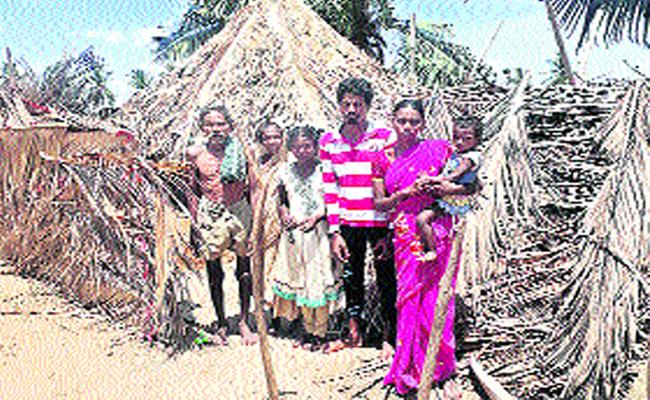 No Facilities For Tribals In West Godavari - Sakshi