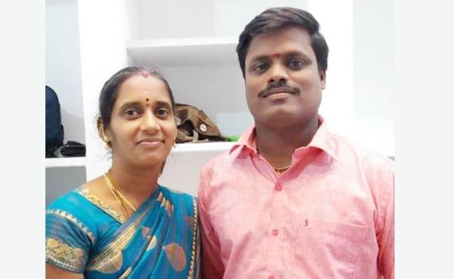 Family Death in Bike Accident Tamil nadu - Sakshi