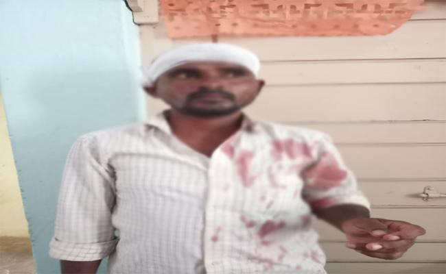 Man harassed  handicapped Women In Warangal - Sakshi