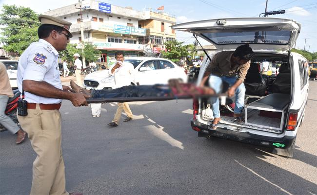 Girl Died In Road Accident In Mancherial - Sakshi