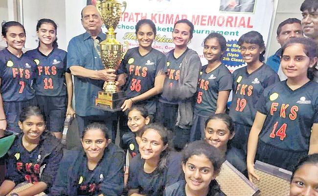 Future Kids Teams Got Double Dhamaka - Sakshi