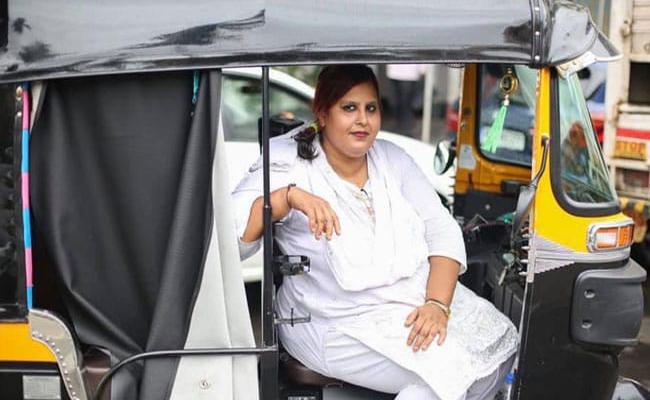 Mumbai Woman Rickshaw Driver Relates Her Story In Viral Post - Sakshi