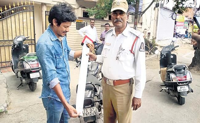 Bullet Bike Seized With 70 Pending Challans Hyderabad - Sakshi