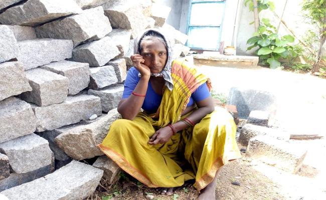 Wife Killed Own Husband In Dichpally - Sakshi