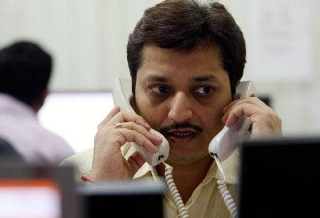 Nifty Drops Below 11500 For First Time In Over 7 Weeks - Sakshi