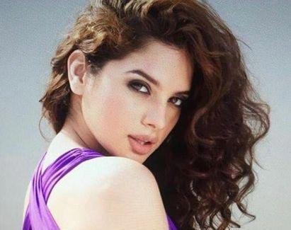 Ravi Teja to romance Tanya Hope in Disco Raja - Sakshi