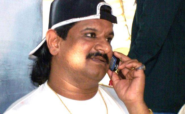 R Krishnaiah Name In Gangster Nayeem Case - Sakshi
