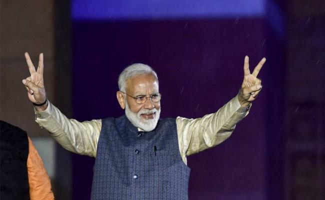 Jayant Sinha Praises Narendra Modi - Sakshi