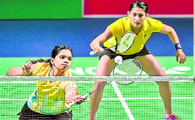 Sikki Reddy And Ashwini Team Badminton Final In Hyderabad Open - Sakshi