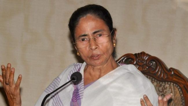 Mamata Banerjee Slams Haryana CM Over Kashmiri Girl Remark - Sakshi