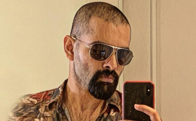 Ram Pothineni New Look Goes Viral - Sakshi