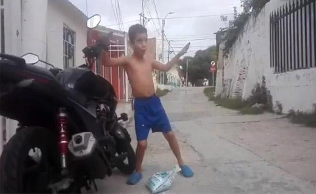 Anand Mahindra shares video of boy dancing on anti-theft bike alarm - Sakshi