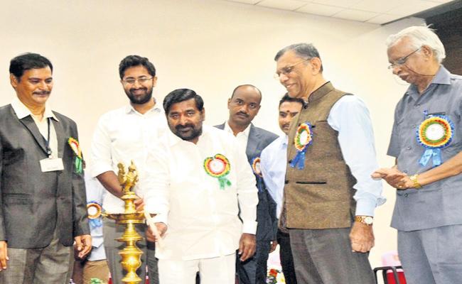 Jagadish Reddy Says He Was Weak In Maths At Gitam University - Sakshi