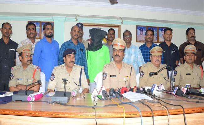 ATM Robbery Case In Srikakulam - Sakshi