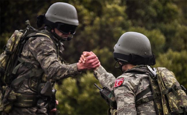America Turkey compromise Kurd Issue In Syria - Sakshi