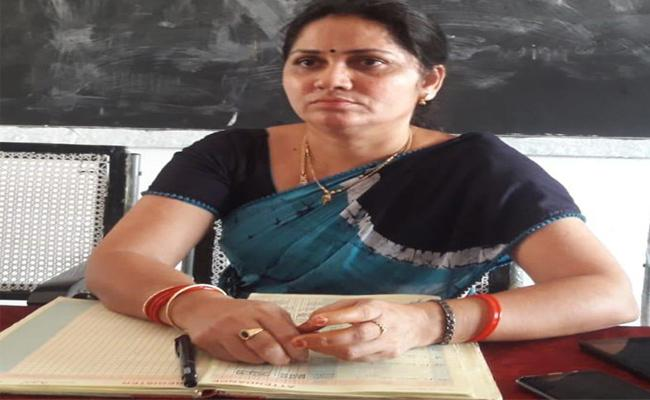 Government Teacher has Suspended In Cheepurupalli - Sakshi