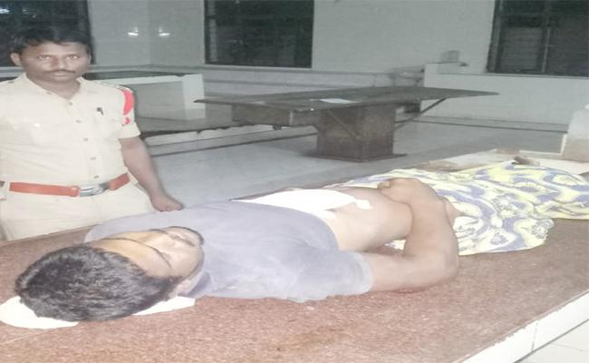Man Died With Power Shock In Field In Srikakulam - Sakshi