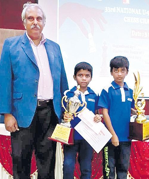 Arjun Gets Silver Medal - Sakshi