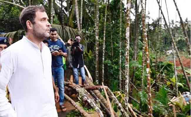 Rahul Gandhi Says Dont Politicise Anything Over Kerala Floods - Sakshi