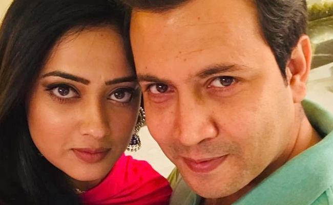 TV Actress Shweta Tiwari files domestic violence case against husband - Sakshi