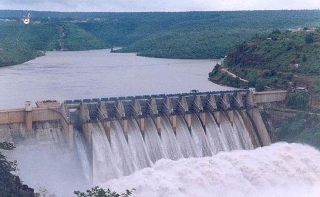 Heavy Water Flow In Srisailam - Sakshi